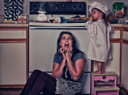 Mother captures chaotic life with toddler