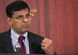 Reserve Bank of India Governor Raghuram Rajan speaks at The Economic Club of New York, in midtown Manhattan May 19, 2015.