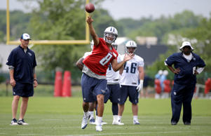 Tennessee Titans quarterback Marcus Mariota passes during a rookie minicamp practice Friday, May 15, 2015, in Nashville, Tenn.