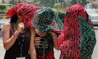 Heatwave kills 1,100 across India; Andhra Pradesh worst hit with 900 deaths