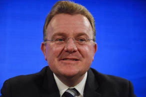 Small Business Minister Bruce Billson has urged Labor and crossbench senators to fast-track the legislation through both houses in coming weeks.