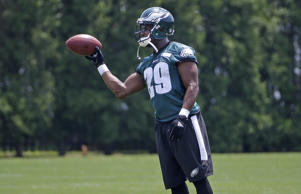 Philadelphia Eagles' DeMarco Murray participates in a drill during organized team activities at the NFL football team's practice facility, Thursday, May 28, 2015, in Philadelphia.