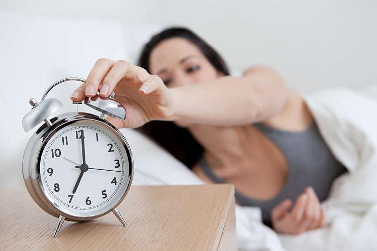 12 Loudest Alarm Clocks For Heavy Sleepers
