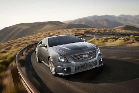 2015 Cadillac Cts V Coupe Photos And Videos Msn Autos