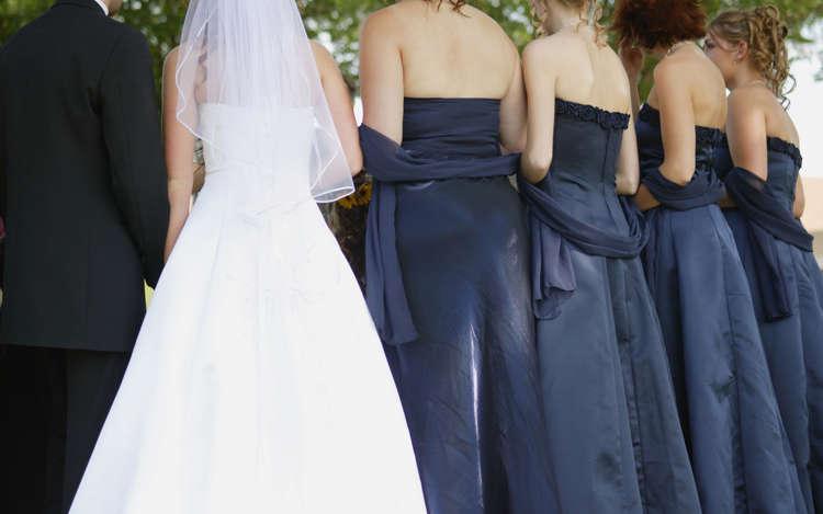 Outfits Für Hochzeitsgäste Zehn Goldene Stylingregeln