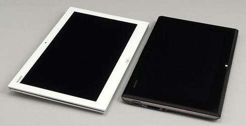 e42fa59005 スライダーハイブリッドPCの13.3型モデル「VAIO Duo  13」。店頭モデルは実売価格19万円前後、直販モデルは直販価格15万2800円からだ。VAIOノートのラインアップでは、 ...