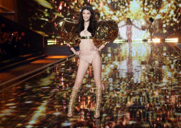 Model Sui He at the Victoria's Secret fashion show.
