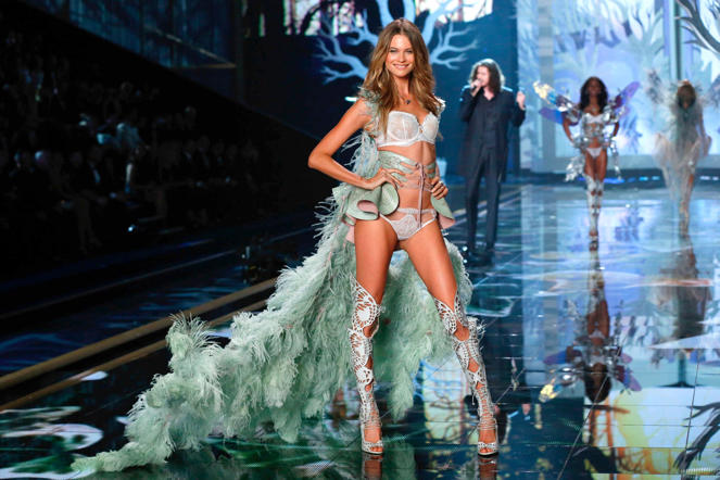 Model Behati Prinsloo on the runway.